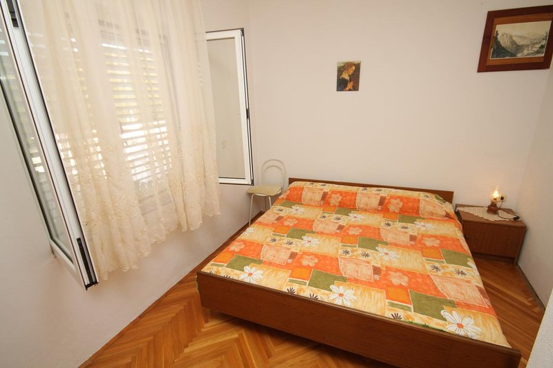 Kukljica Apartment Sleeps 2 with Air Con - 5468183, vacation rental in Kukljica