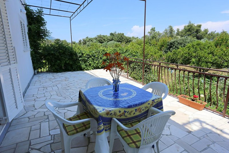 Drace Apartment Sleeps 4 - 5470026, holiday rental in Drace