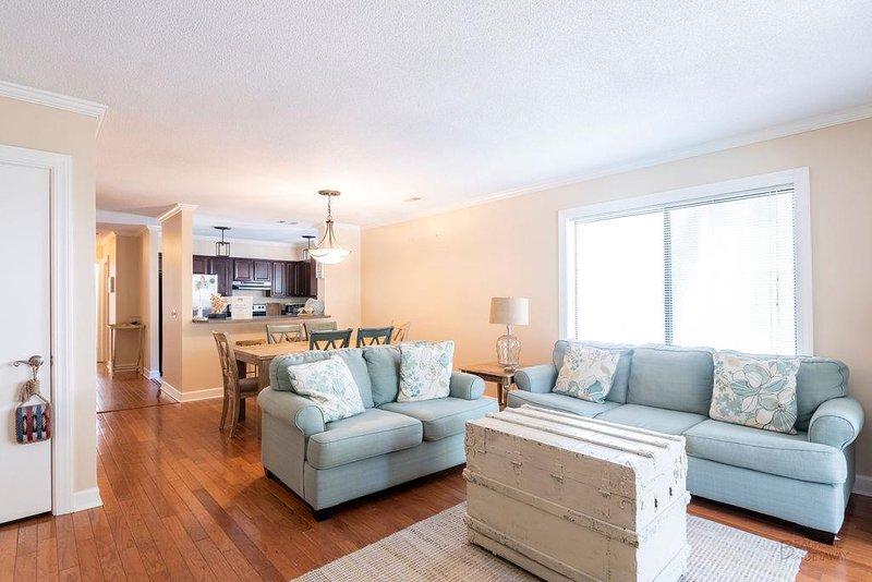 74 Springwood - Living Room (3)