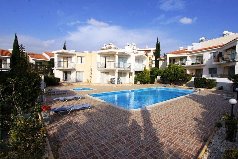 Victoria Holiday Apartment-2 bedroom,close the sea and all amenities., casa vacanza a Chlorakas