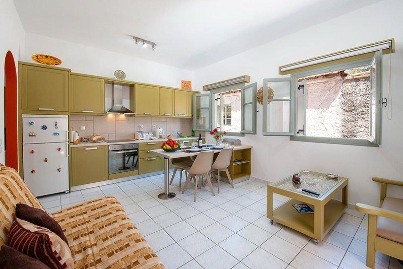 Dora II Studio - Simple, sweet getaway, holiday rental in Antipaxos