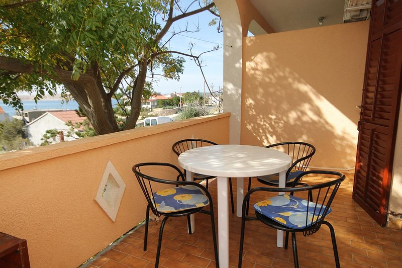 Franjevica Apartment Sleeps 4 with Air Con - 5469517, vacation rental in Vidalici