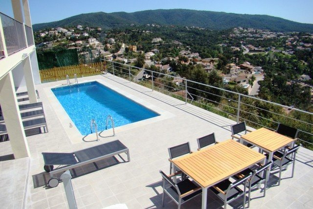 Les Cabanyes Villa Sleeps 8 with Pool Air Con and Free WiFi - 5509535 – semesterbostad i Sant Sadurni de l'Heura