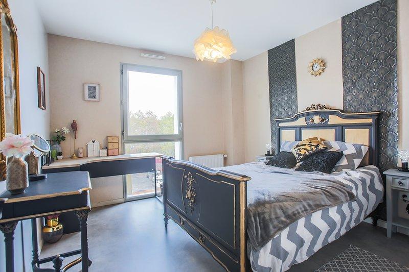 Cosy 85m2 Studio Near Place Delille & Gararge, location de vacances à Puy-de-Dome