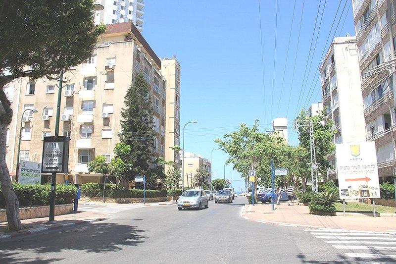 2  bedroom apartment in Netanya on Bialik 11, holiday rental in Hogla