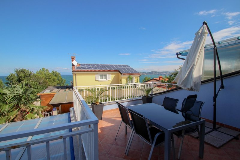 Holiday home 179520 - Holiday apartment 201306, holiday rental in Crveni Vrh