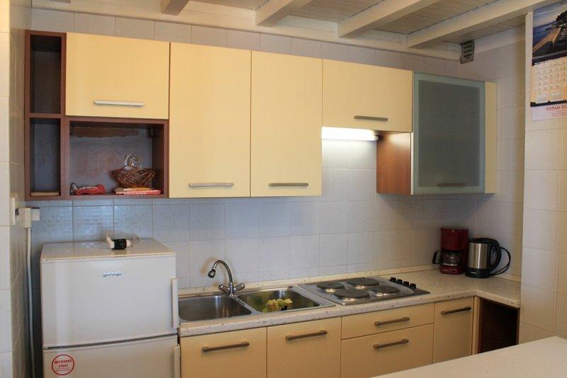 Holiday home 147244 - Holiday apartment 132501, vacation rental in Batomalj