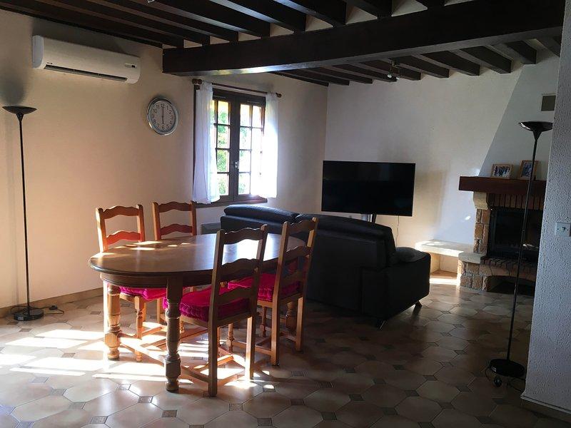 SUITE PARENTALE COEUR DE LOIRE ENTRE CHATEAUX ET ZOO DE BEAUVAL, holiday rental in Mur-de-Sologne