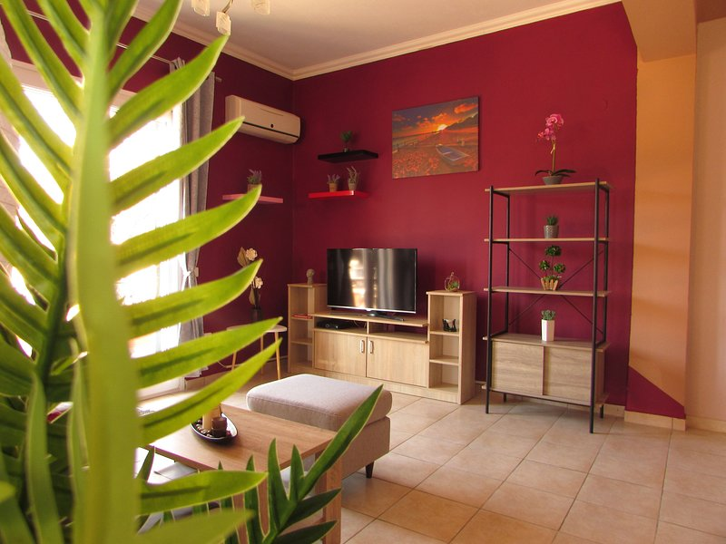 The Lions House Liapades, holiday rental in Skripero