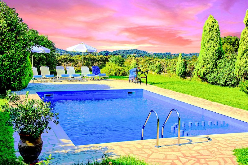 Terra Villa Private Swimming Pool, location de vacances à Vamos