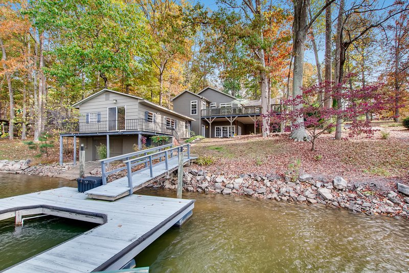 Water's Edge, holiday rental in Sherrills Ford