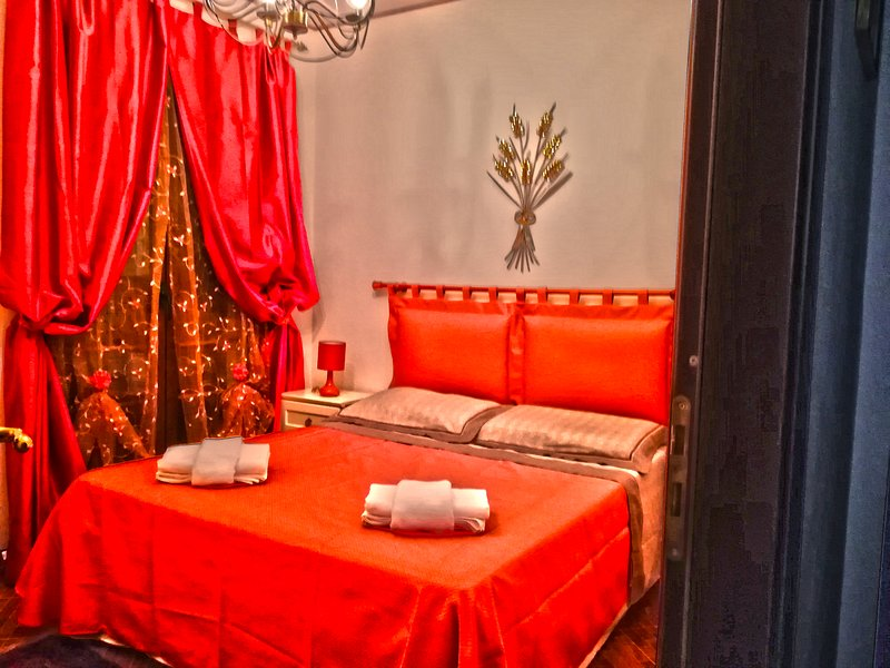 SEGESTA - Nouveau Bedding, holiday rental in Vita