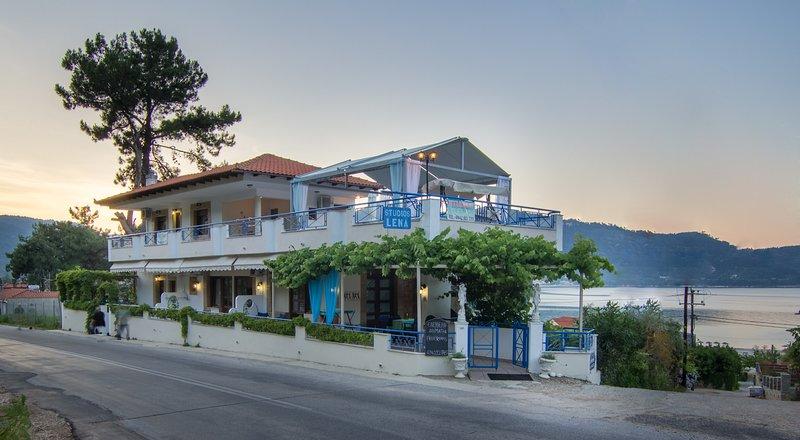 Lena studios ( studio #3 ), location de vacances à Skala Panagia