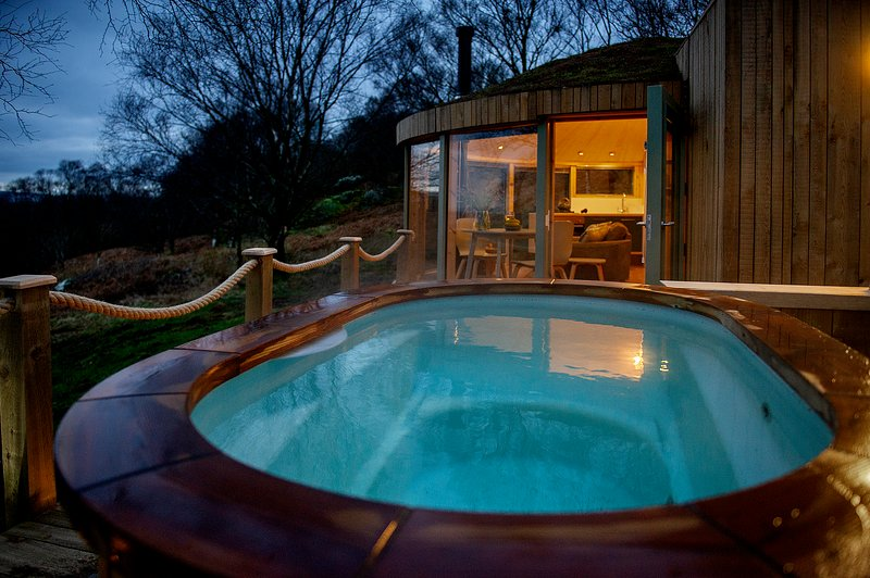 Roundhouse and Hot Tub, holiday rental in Kilsyth