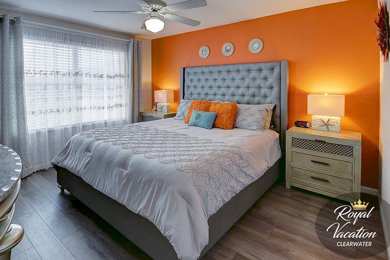 Camera da letto principale - ♛King Size Bed♛ con lampade da lettura