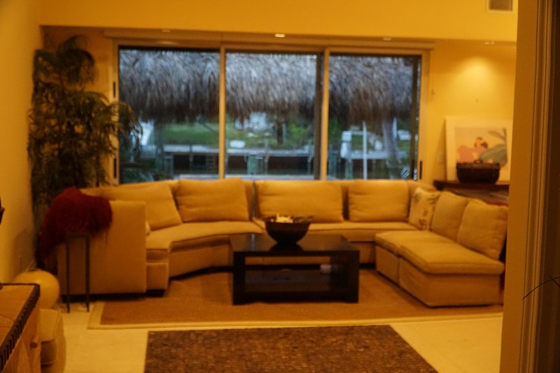 Canal House With Dock Space, vacation rental in Great Abaco Island