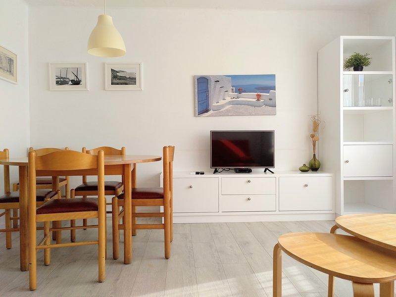 Apartamento muy céntrico en primera línea de mar, magníficas vistas, vacation rental in L'Estartit