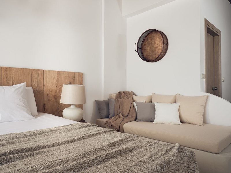 Shellona Luxury Rooms - Superior Room 2-3 guests with Garden View, holiday rental in Laganas
