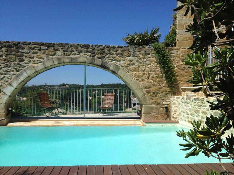Le Clos du Vialle - Maison de charme en Provence dans l'Enclave des Papes, casa vacanza a Reauville