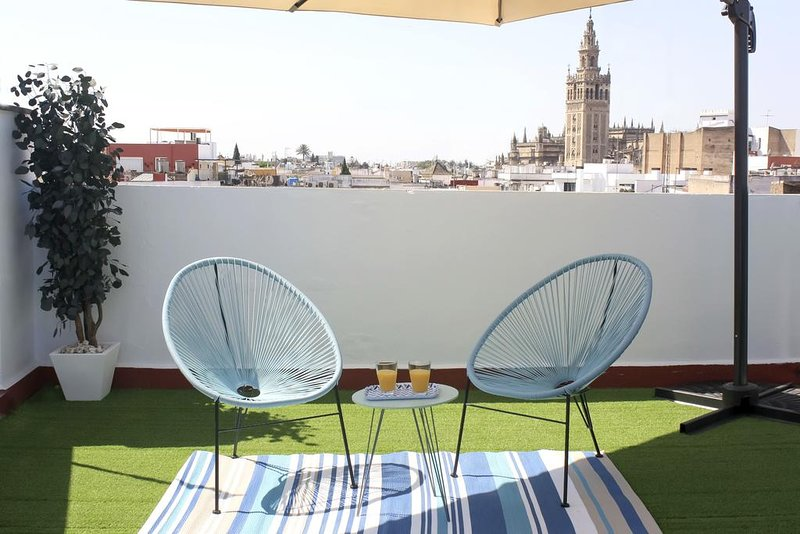 Amazing studio with terrace & Wifi, location de vacances à Las Navas de la Concepcion