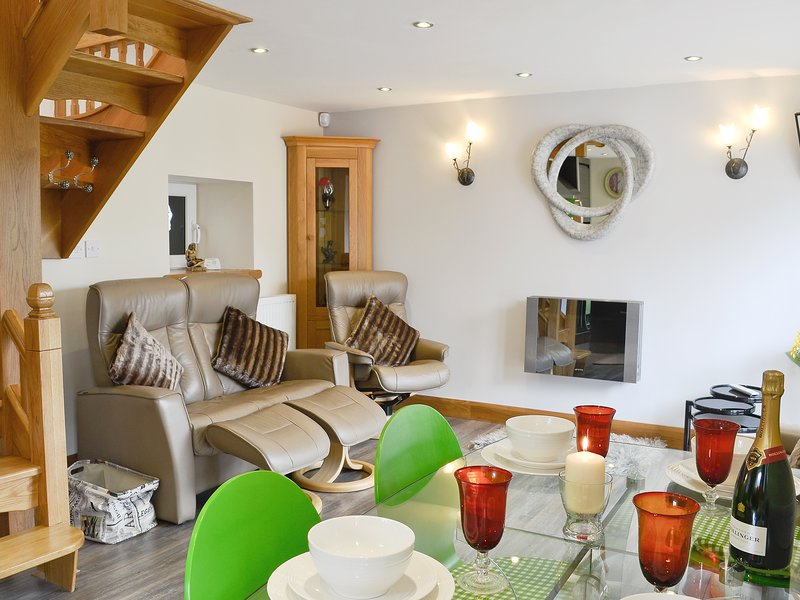 Lily Vale Cottage, holiday rental in Gorseinon