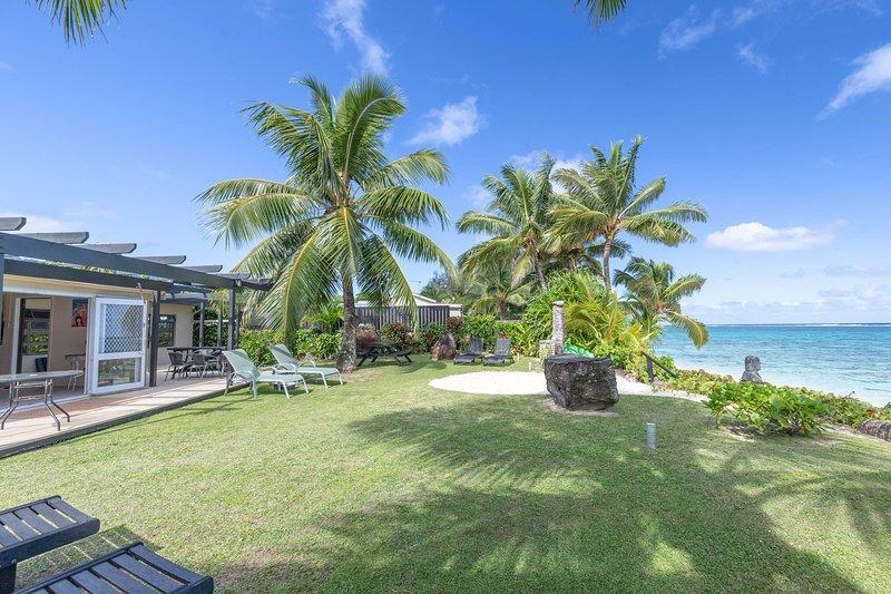 Absolute Beachfront Villa – beachfront bliss, location de vacances à Îles Cook du Sud