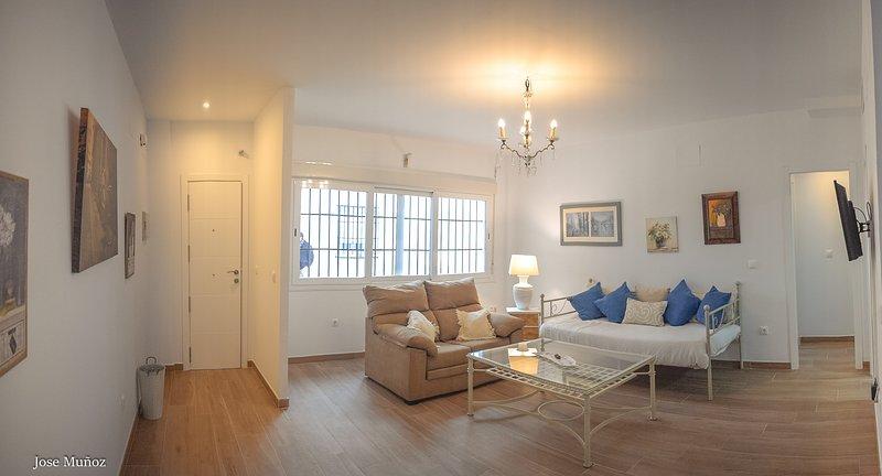 Apartamento funcional, holiday rental in Penaflor