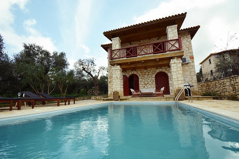 Jootiq Villas - Villa Nephele, location de vacances à Kyllini