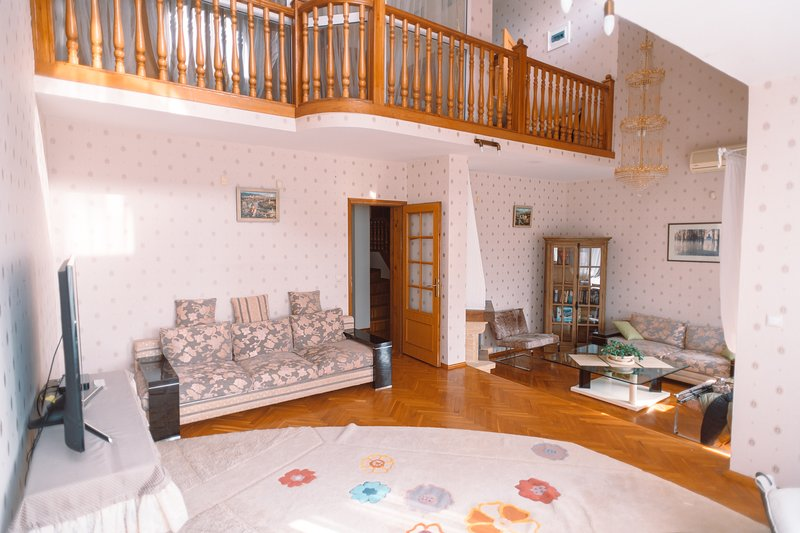 Very cozy house in a quiet and green area of Sochi near the Black sea, location de vacances à Khosta District