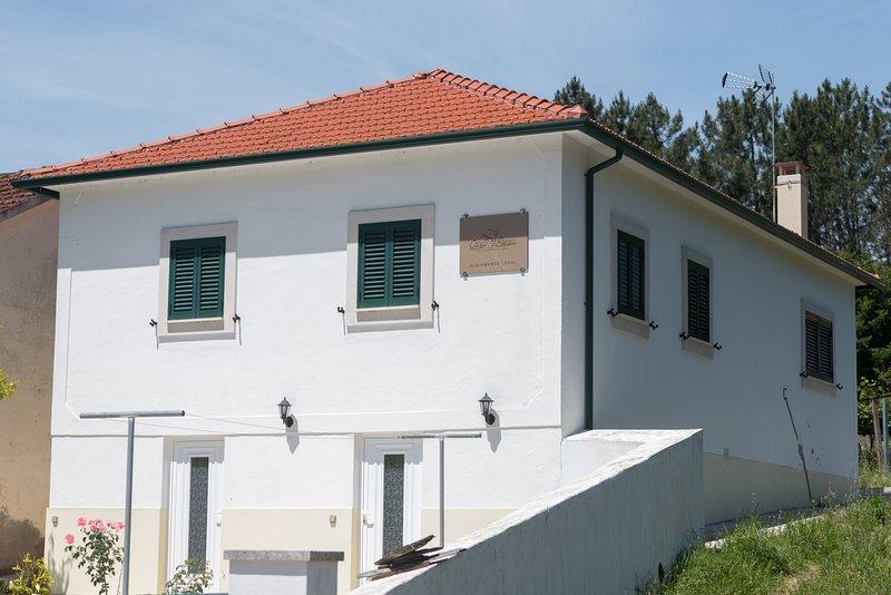 Casa Poesia, holiday rental in Portela do Fojo