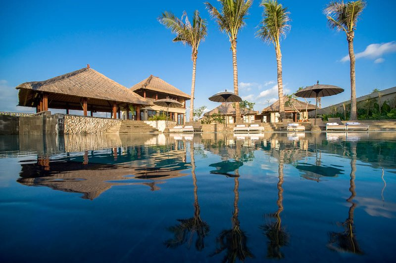 Seseh Villa Sleeps 10 with Pool and Air Con - 5669004, alquiler vacacional en Seseh