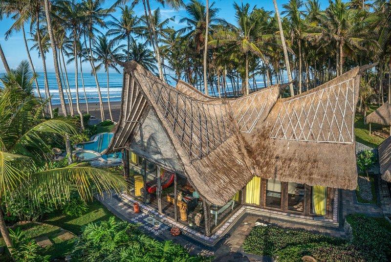 Banjar Pasut Villa Sleeps 4 with Pool and Air Con - 5791718, alquiler vacacional en Tegal Mengkeb