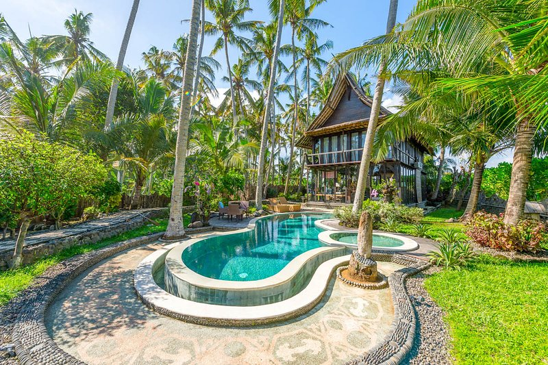 Banjar Pasut Villa Sleeps 6 with Air Con - 5791714, alquiler vacacional en Tegal Mengkeb