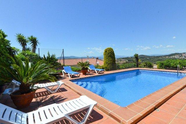 Blanes Villa Sleeps 7 with Pool - 5508940, alquiler de vacaciones en Blanes