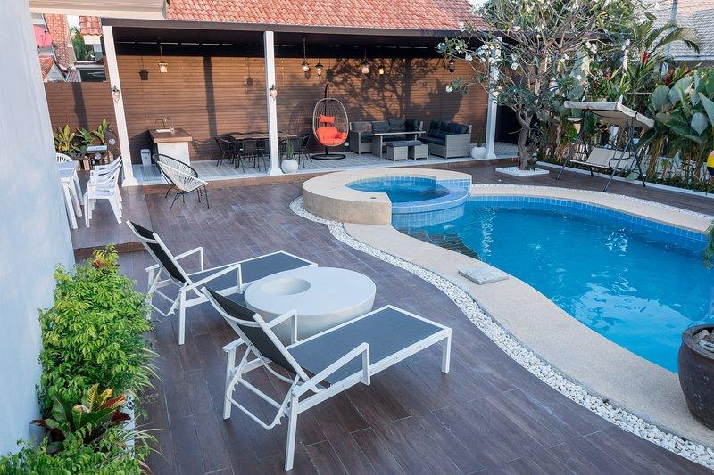 BAAN KIANGLAY PHU VIEW HUAHIN POOL VILLA, holiday rental in Ban Nong Kae