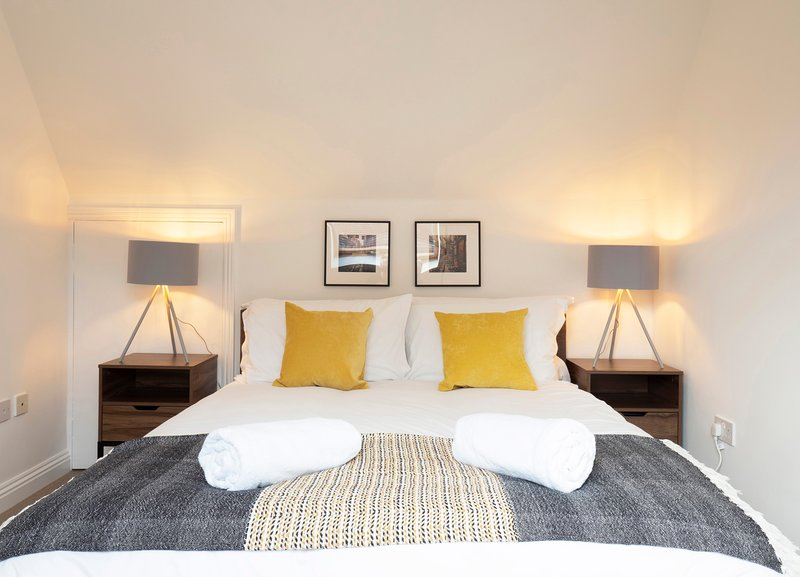 King's Corner - Townhouse in the heart of the city, holiday rental in Bridge