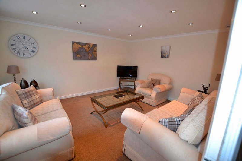 Home in a Great Golfing Location, holiday rental in North Ayrshire