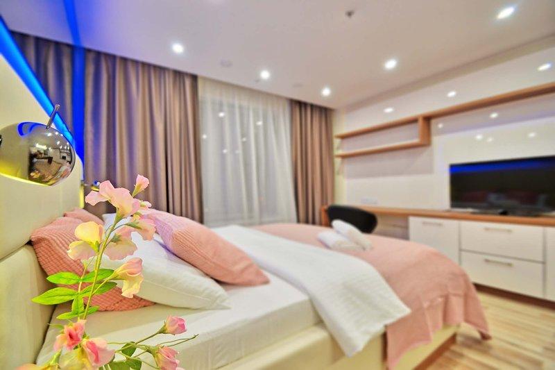 Designer Apartments at YE's Apart hotel | 2019, holiday rental in Krasnogorsk