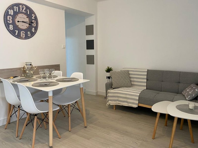 Nice apartment with balcony & Wifi, aluguéis de temporada em Marxuquera