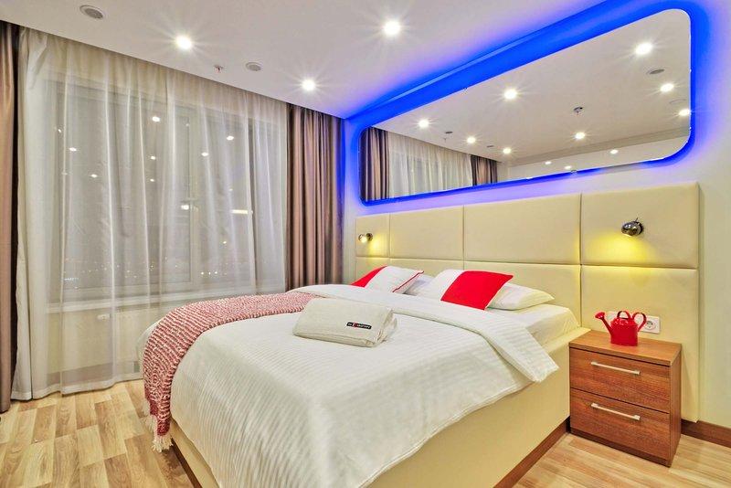 Designer Apartments at YE's Apart hotel | 2020, holiday rental in Krasnogorsk