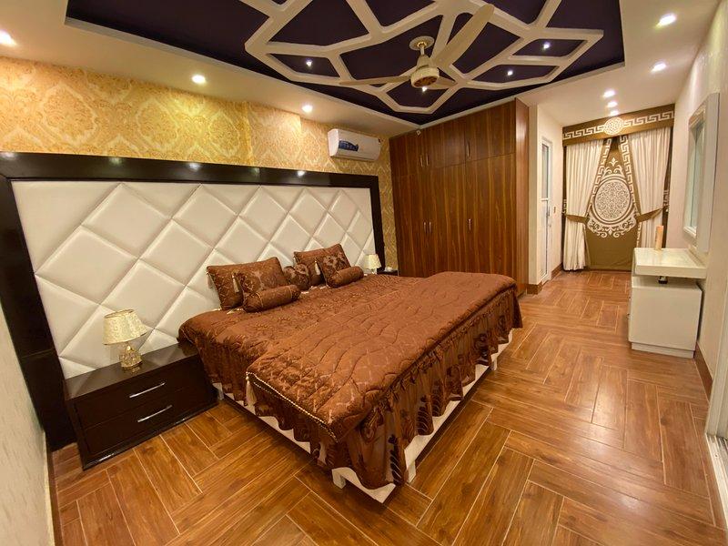 Burj Al Bahria Town Luxury Suites, location de vacances à Punjab Province