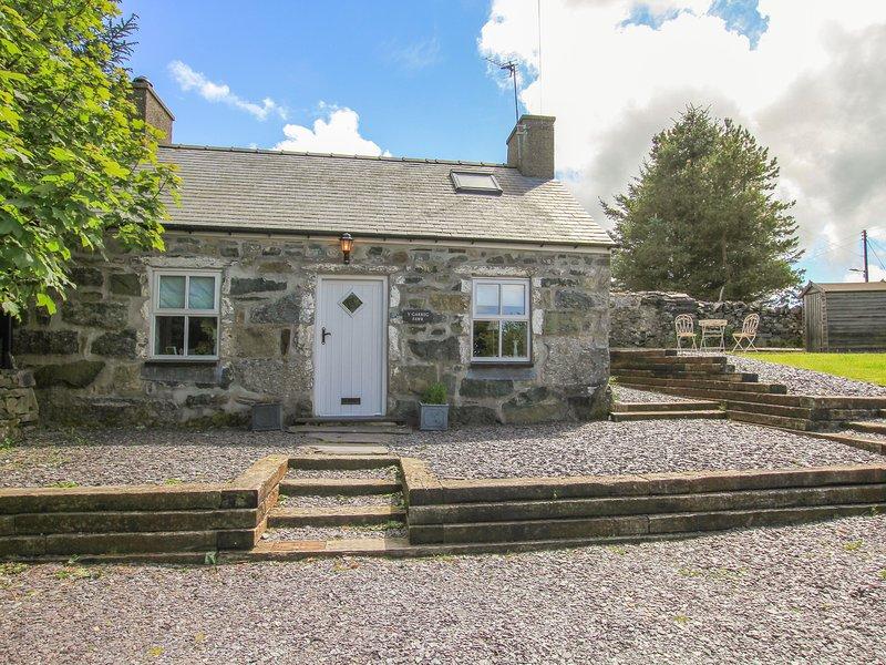 Y Garreg Fawr, Caernarfon, vacation rental in Groeslon