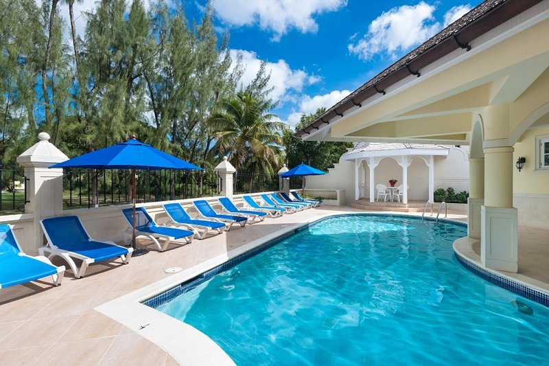 The Falls Townhouse 4 | Near Ocean - Located in Exquisite Sandy Lane with Hous, vacation rental in Sunset Crest
