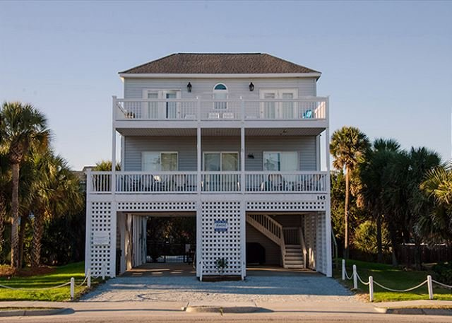 MiMi's By The Sea - Unmatched Ocean Views, Private Heated Pool, holiday rental in Edisto Island
