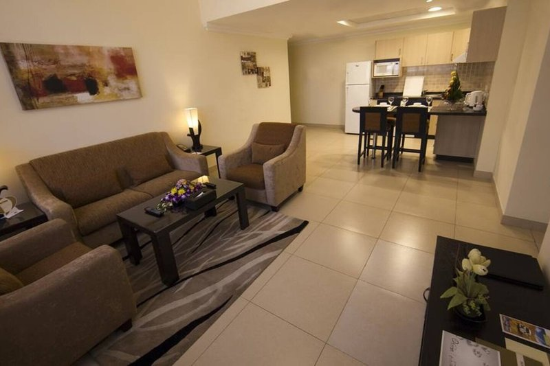 SPACIOUS & CENTRAL 1BR BEHIND MALL OF THE EMIRATES, holiday rental in Ajman