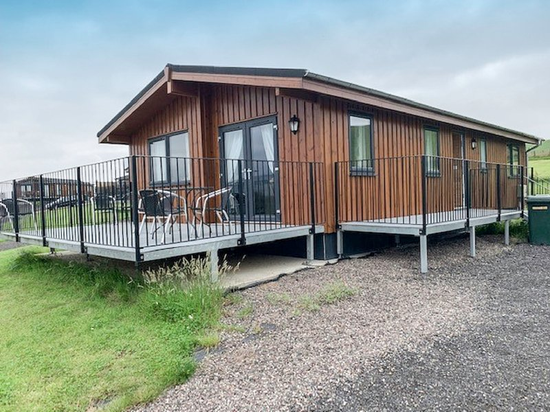 Loch Leven Lodge 5, holiday rental in Falkland