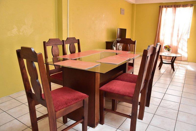 Aanola Villas A4 Spacious Caribbean Casa, holiday rental in La Clery