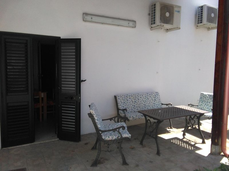 Beautiful house with garden, holiday rental in Soleto