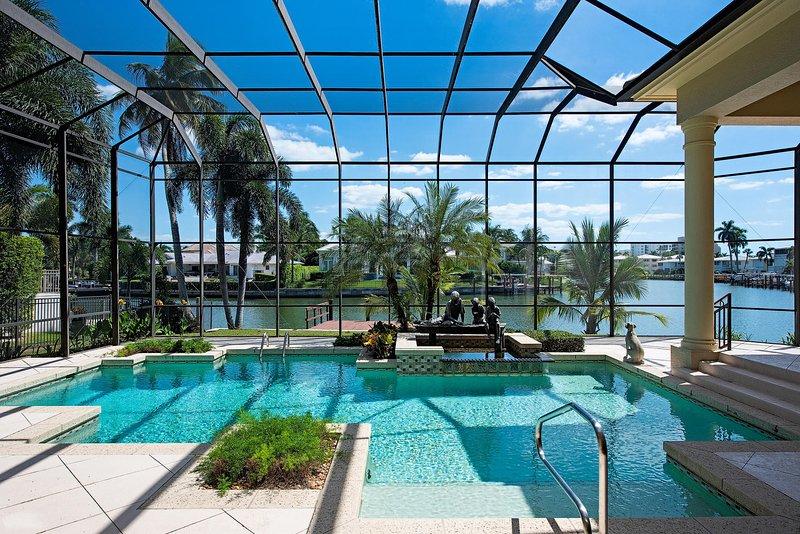 LUXURY RENTALS | Sunset Beach House, location de vacances à Naples