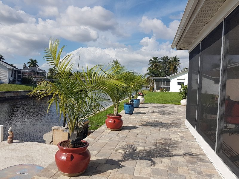 Hot New Villa, alquiler vacacional en North Fort Myers